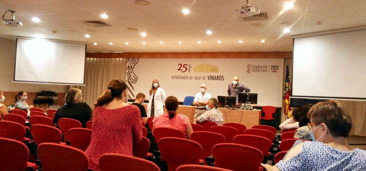 Els responsables del Departament de Salut de Vinaròs orienten els directors dels col·legis sobre la Covid-19