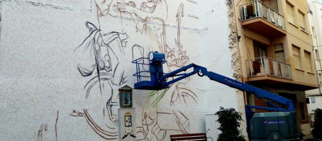 Serveis Socials Benicarló promou la igualtat i la multiculturalitat amb un gran mural al carrer del Riu