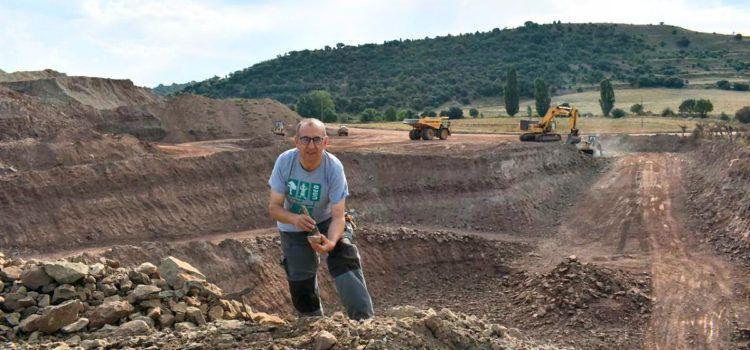 """Entrevista al """"descubridor de dinosaurios"""" de Morella José Miguel Gasulla"""