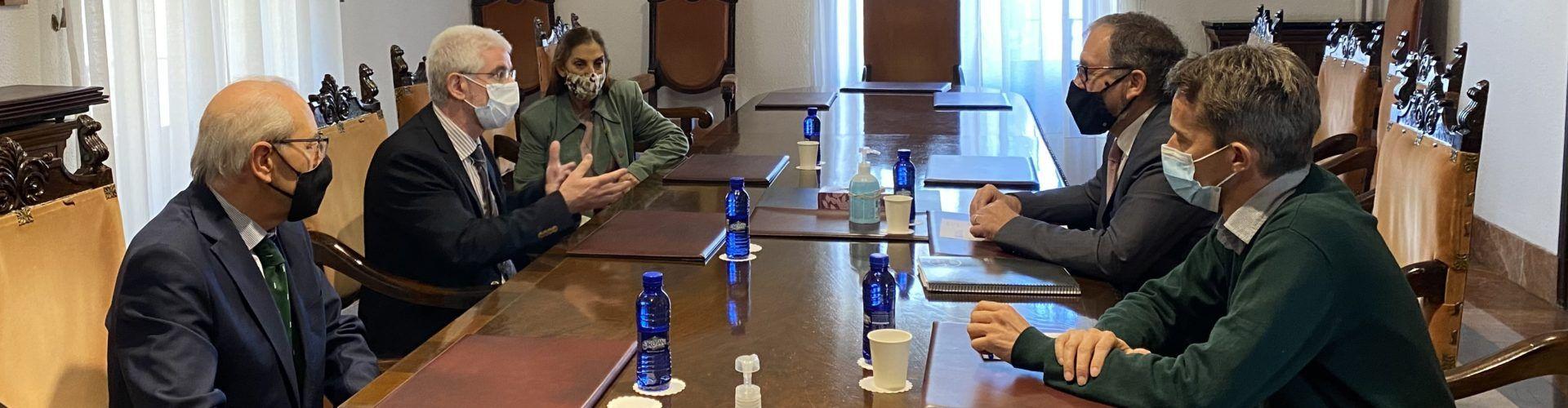 Martí advoca per millorar les condicions professionals dels metges rurals perquè s'establisquen a l'interior