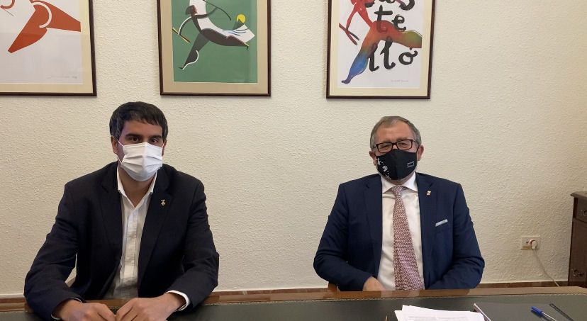 El president de la Diputació i l'alcalde de Morella estudien la possible creació de botigues multiservei en les pedanies de Ortells i Xiva