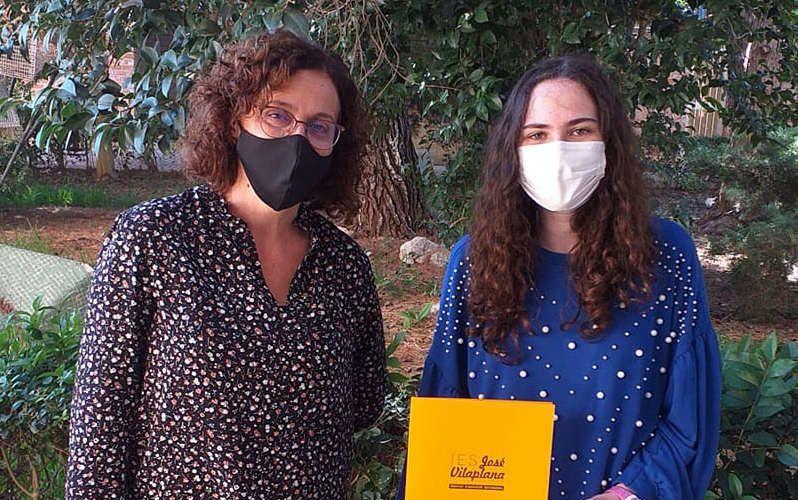 Premi al rendiment acadèmic a l'alumna de l'IES Vilaplana de Vinaròs, Ainhoa Bernabeu