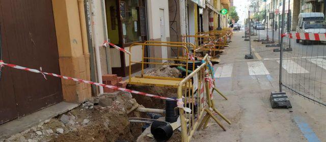 Fotos: obres al carrer Sant Francesc de Vinaròs