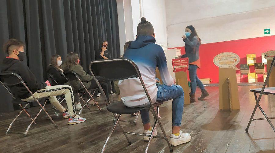 Jóvenes de la residencia 'Sant Sebastià' de Vinaròs amplían sus conocimientos sobre los Objetivos de Desarrollo Sostenible