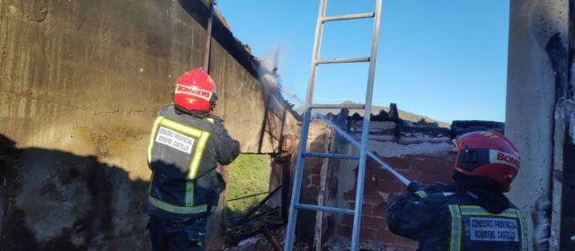 Incendios ocasionados por chimeneas en viviendas de Càlig, Peníscola, Benicàssim y Artana