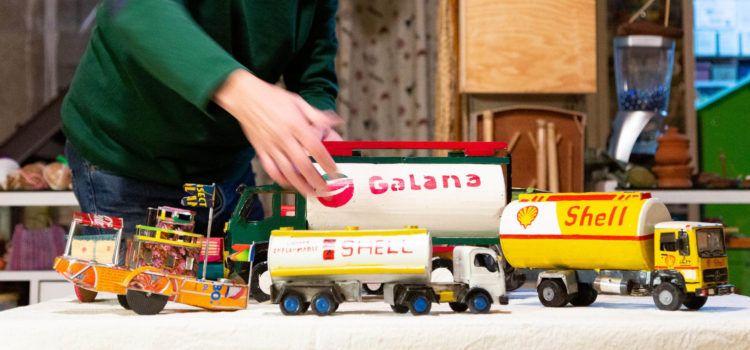 'Darrere de cada joguina hi ha una història'
