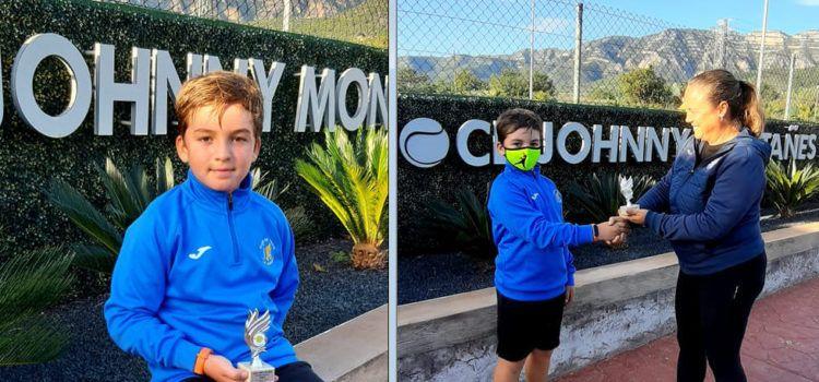 Marcos Torres, de Vinaròs, campió del torneig Albert Montañés, a la Ràpita, en la seua categoria