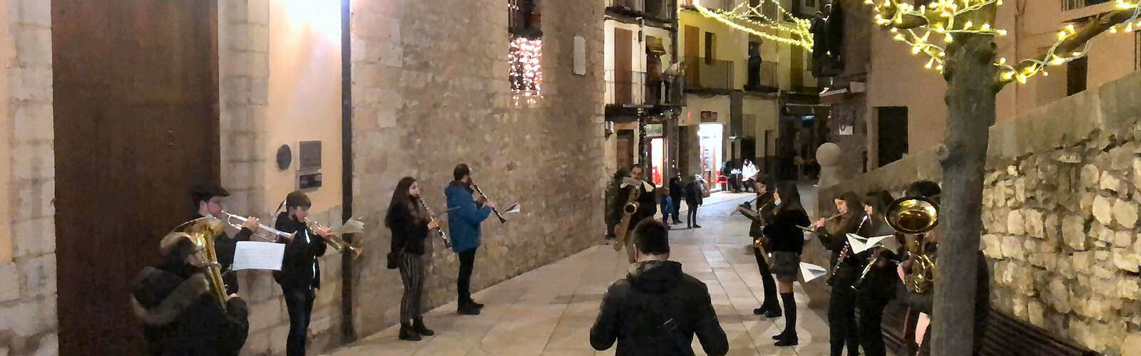 Vídeos: la vuelta de los villancicos por las calles de Morella
