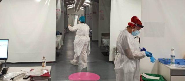 Primeros pacientes en el hospital de campaña de Castelló, que da cobertura al de Vinaròs, entre otros