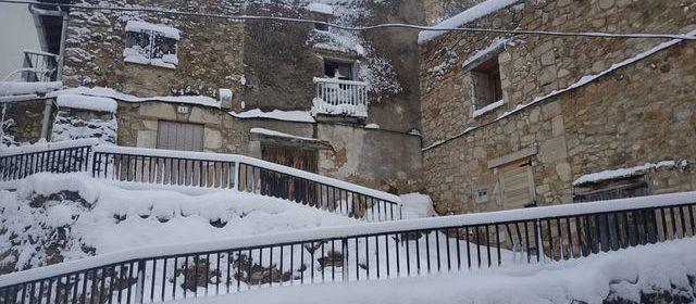 Fotos: La Pobla de Benifassà nevada