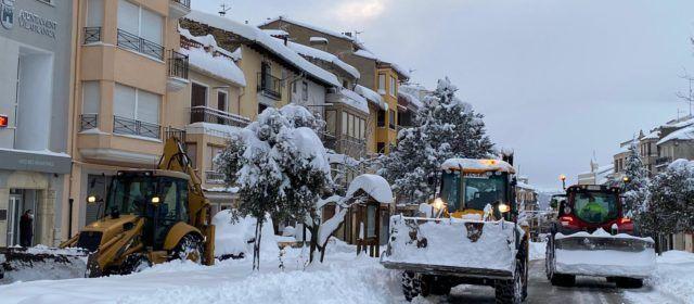 Vilafranca activa 6 pales mecàniques per netejar carrers i masies