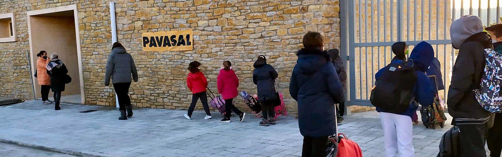 Els escolars estrenen el nou CRA Araboga de Canet lo Roig