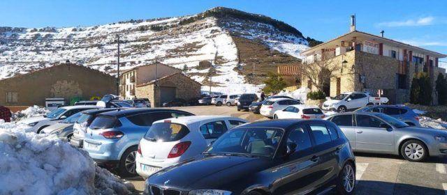 La nieve volvió a atraer gente al interior, a pesar de las recomendaciones de las autoridades