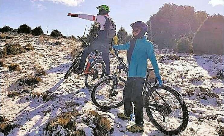 Llegan más nevadas tras un fin de semana también con la nieve de atractivo en Els Ports