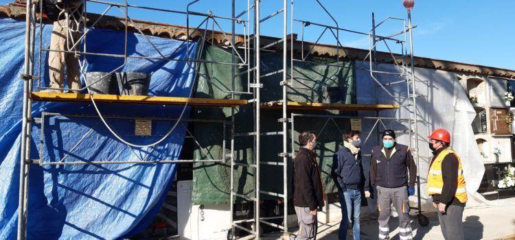 Comença a Benicarló la rehabilitació dels nínxols de la part antiga del cementeri