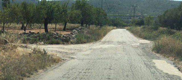 Comencen les obres d'asfaltat del Camí Catí de Tírig