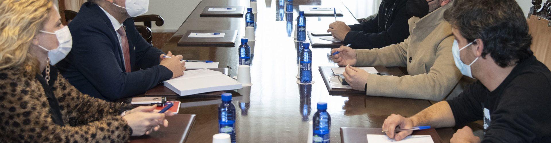 La Diputació acull favorablement la petició de OnCastellón d'impulsar un projecte provincial de dinamització de l'oci nocturn