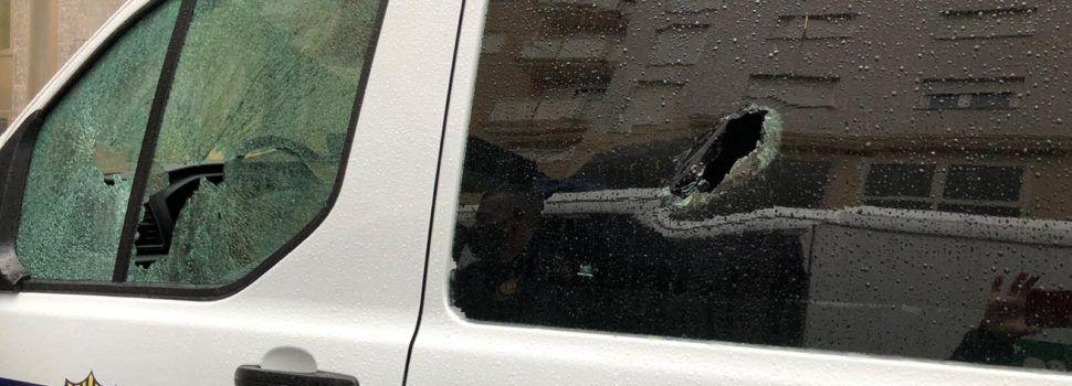 Vandalisme amb dos cotxes de la policia local de Vinaròs