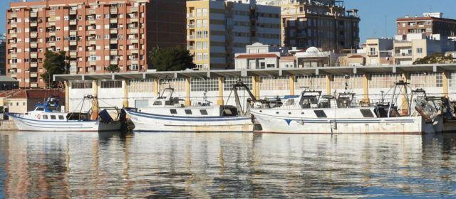 La flota pesquera de Vinaròs sigue en caída: otra barca de arrastre deja el puerto