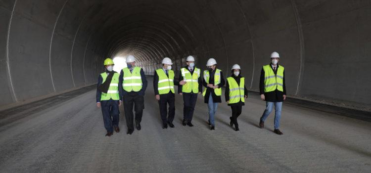 Ximo Puig destaca el avance 'histórico' logrado con la mejora de la N-232 para salvar el Puerto de Querol