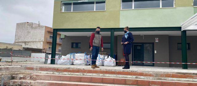 Comencen les obres de rehabilitació de la piscina municipal de Càlig