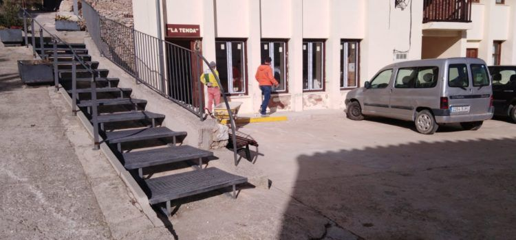 Obras de mejora en la tienda de Vallibona
