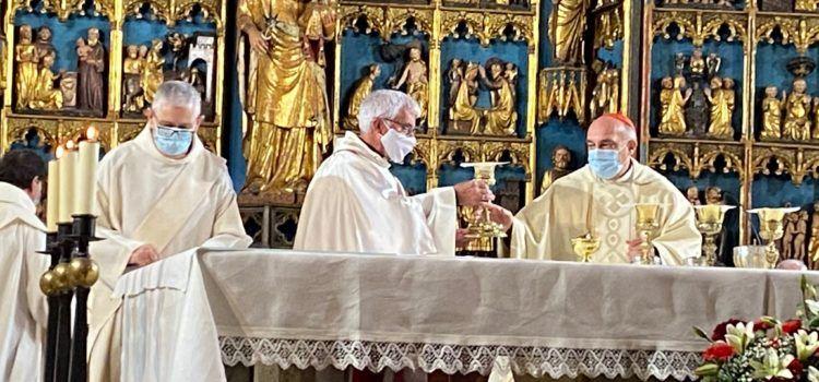 Fotos y vídeos: Un vecino de Càlig, nombrado por el obispo diácono permanente