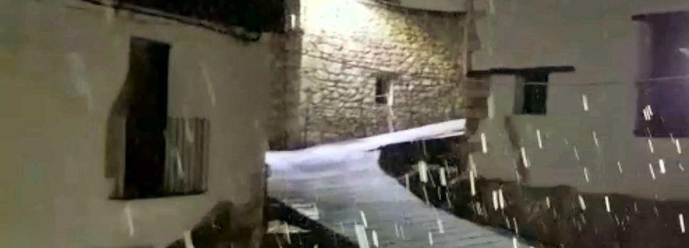Vídeos: nevant a Vallibona