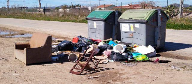L'Ajuntament de Vinaròs reforça el servei de recollida de grans voluminosos
