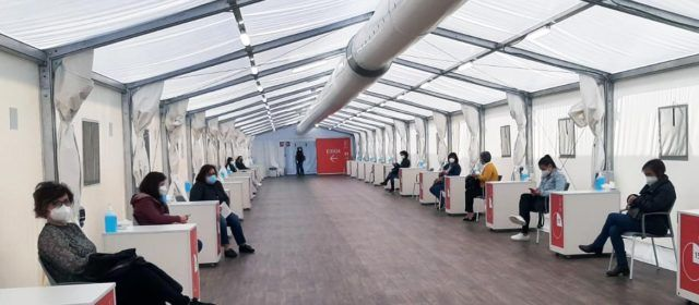 La Conselleria de Sanidad vacunará en 4 días a 145.174 personas de centros docentes con AstraZeneca