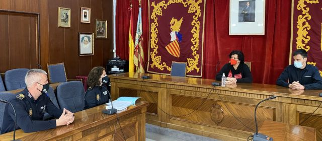 Puerta aplaudeix la iniciativa de Vinaròs d'introduir un servei de teràpia emocional amb gossos per a dones víctimes de la violència de gènere