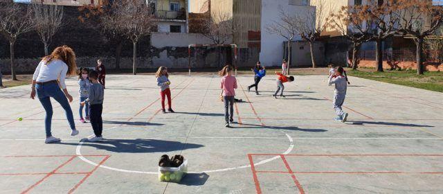 La primera setmana de classes després de vacances conclou amb només un grup confinat a les comarques castellonenques