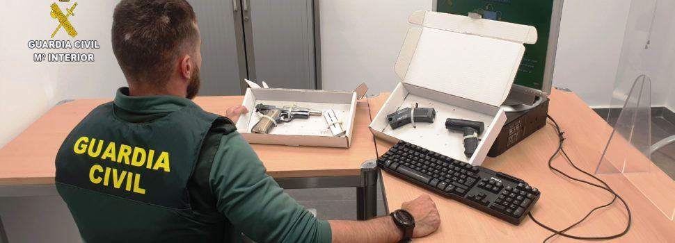 La Guardia Civil detiene en Vinaròs a tres personas por tenencia ilícita de armas
