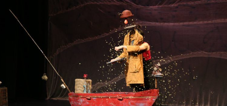 """""""Hai, la pescadora de somnis"""" fascina el públic de Xarxa Ulldecona"""