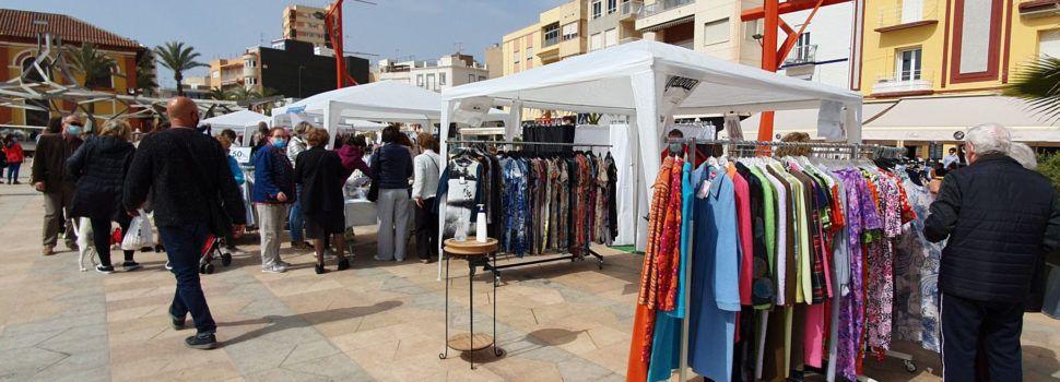 Vídeo i fotos: Vinaròs trau les botigues al carrer