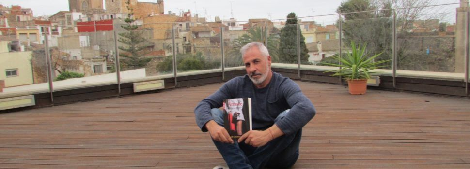 El canareu Miquel Bort amb la seua primera novel·la sobre amor i sexe clandestins