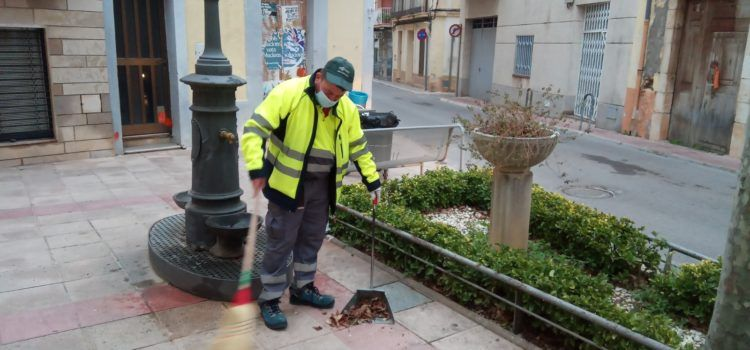 Alcanar millora el servei de neteja viària amb la incorporació de dos persones