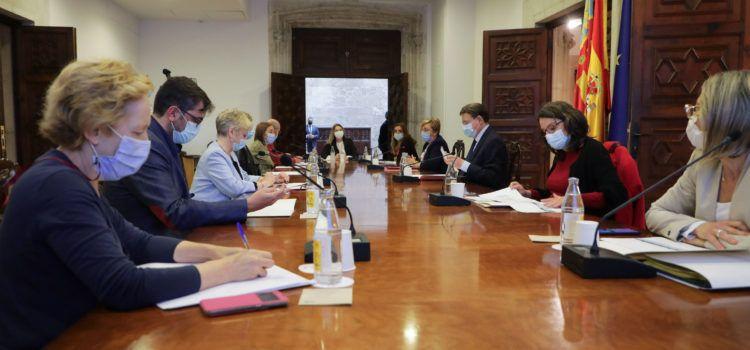 Ximo Puig anuncia que junio será el mes clave en la campaña de vacunación contra la COVID-19