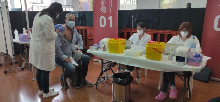 Buen ritmo de vacunación en Benicarló: esta mañana de lunes, 120 dosis de Astrazeneca