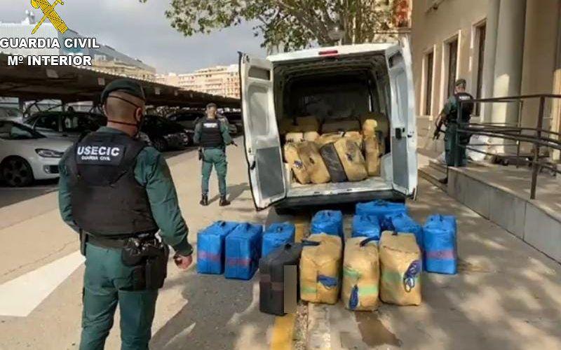La Guardia Civil se incauta de casi dos toneladas y media de hachís en Vinaròs