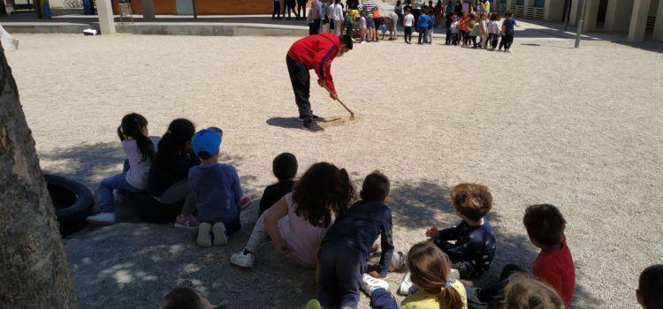 Més arbres al CEIP Sant Sebastià de Vinaròs, plantats per l'alumnat