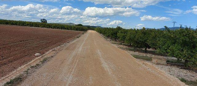 L'Ajuntament de Vinaròs adequa camins rurals amb la col·laboració del Consorci de Bombers