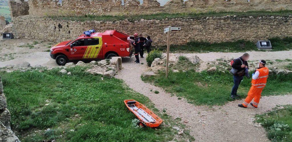 Rescate de una mujer accidentada en el Castell de Morella