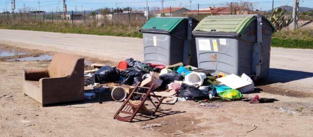 L'Ajuntament de Vinaròs treballa per a millorar el servei de recollida de residus
