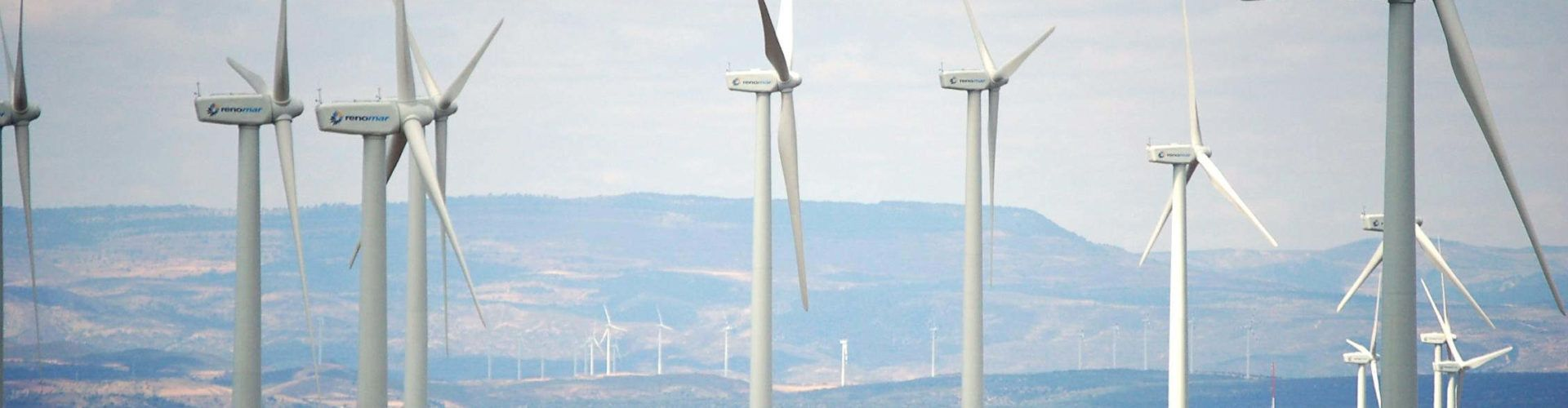 Los alcaldes de Els Ports apuestan por más parques eólicos