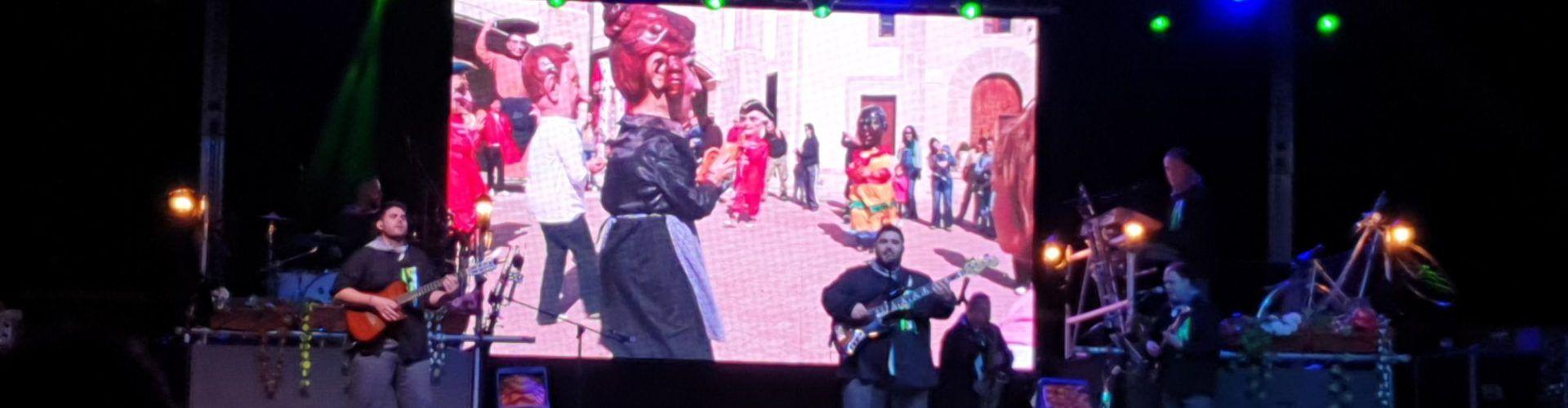 Un gran espectacle a Vinaròs de música valenciana amb Centauro i el Grup Maestrat