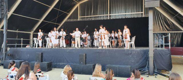 Vídeos i fotos: Concert de festes de l'Orquestra de La Alianza