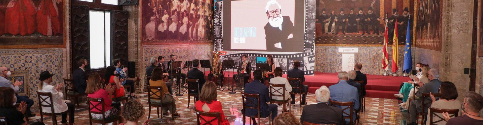 Centenario del nacimiento de Luis García Berlanga, que tanta vinculación tuvo con Peñíscola