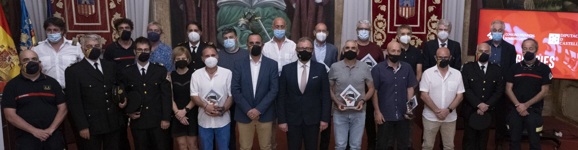 Bombers de Vinaròs, Benicarló, Xert i Salzadella entre els homenatjats per la Diputació per la seua jubilació