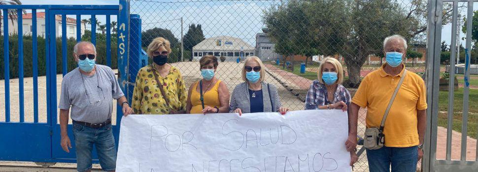 Personas mayores de Benicarló reclaman la reapertura de la piscina